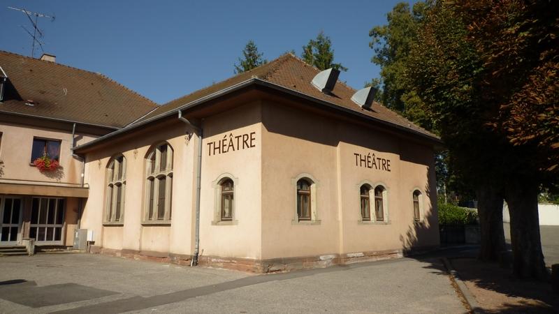 Vue extérieure du Théâtre Christiane Ströe