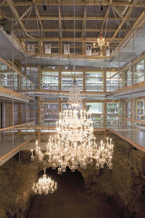 Lustre de la grande place musée du cristal Saint-Louis