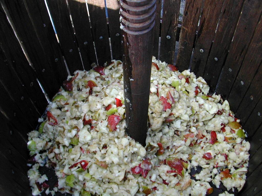 Intérieur d'un pressoir à jus de pommes