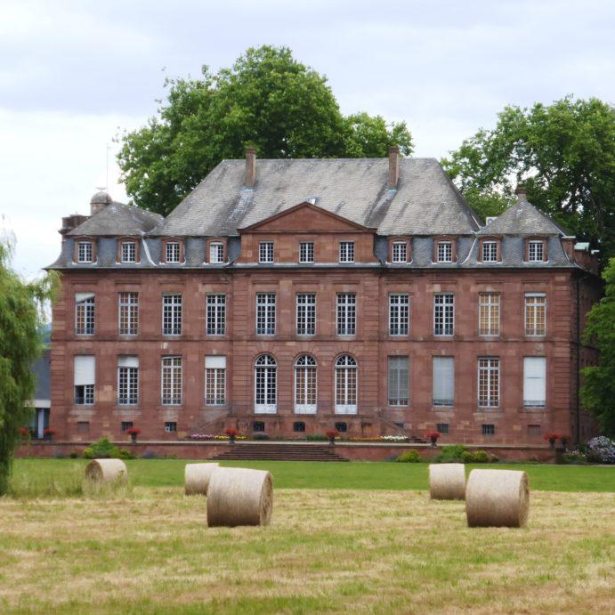 Visite – restitution de l'exposition temporaire et découverte du Château